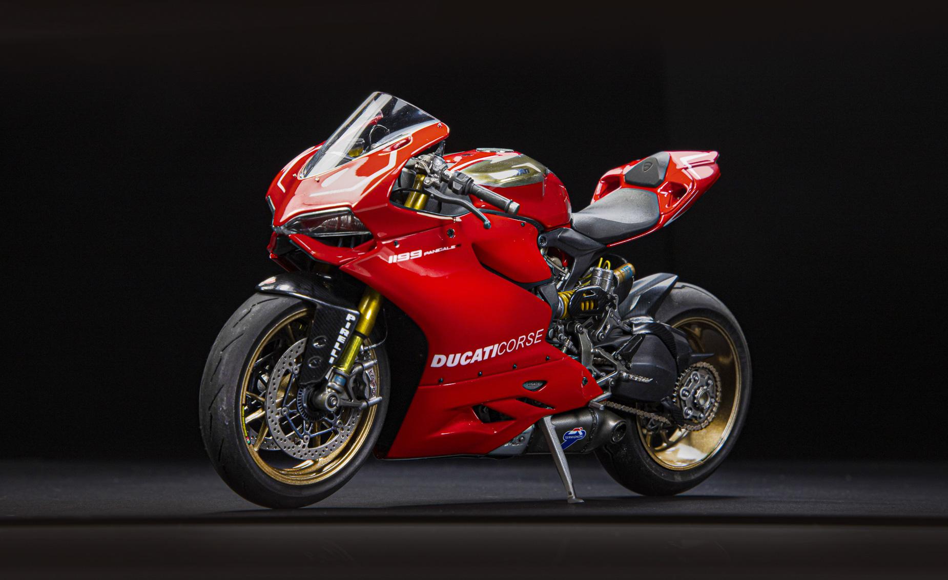 Ducati_02.jpg