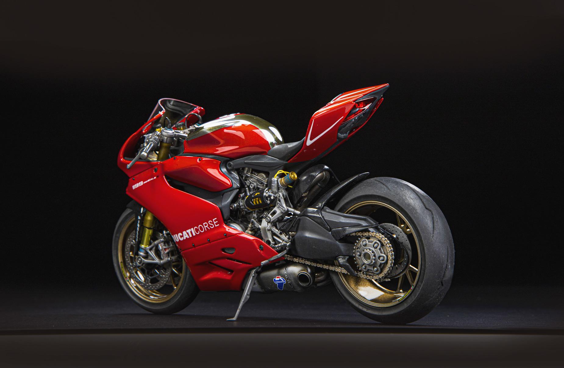 Ducati_03.jpg