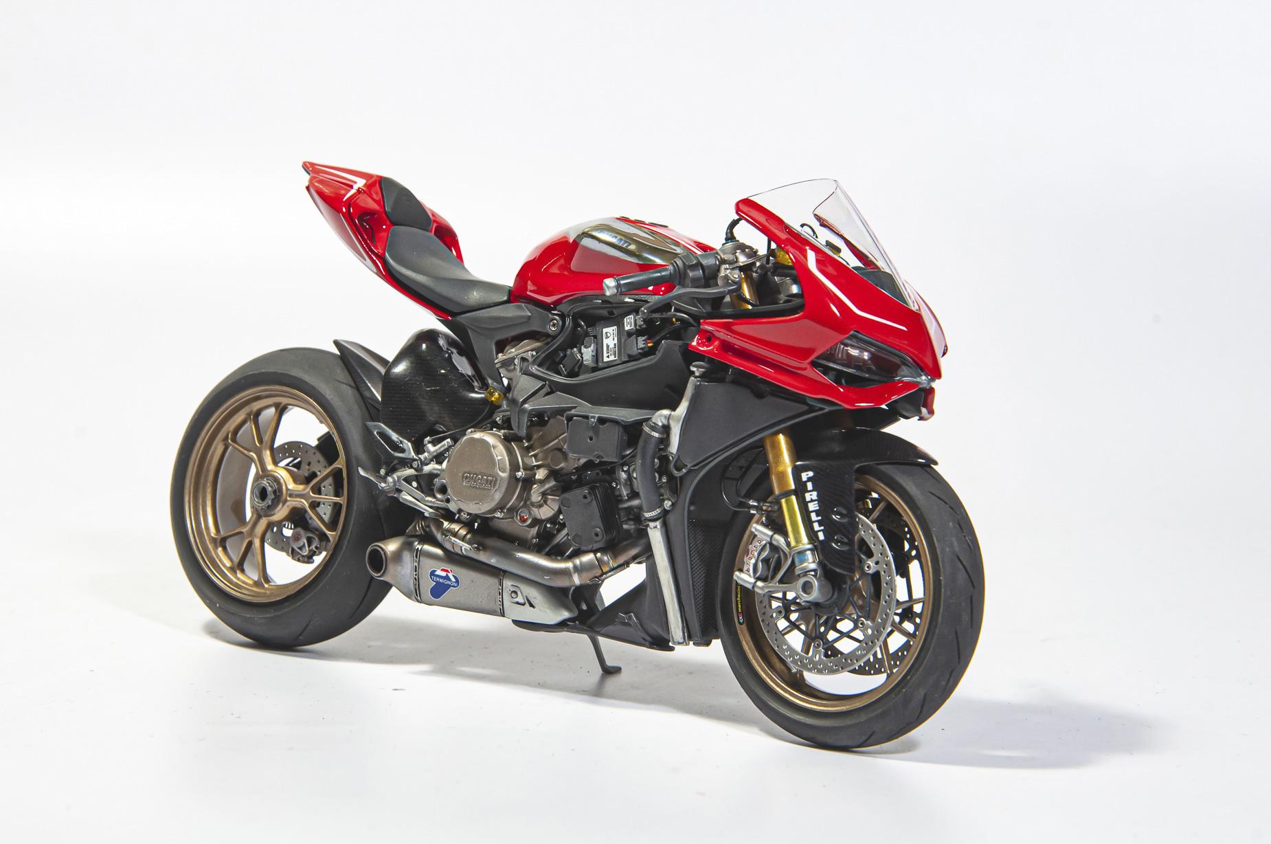 Ducati_08.jpg