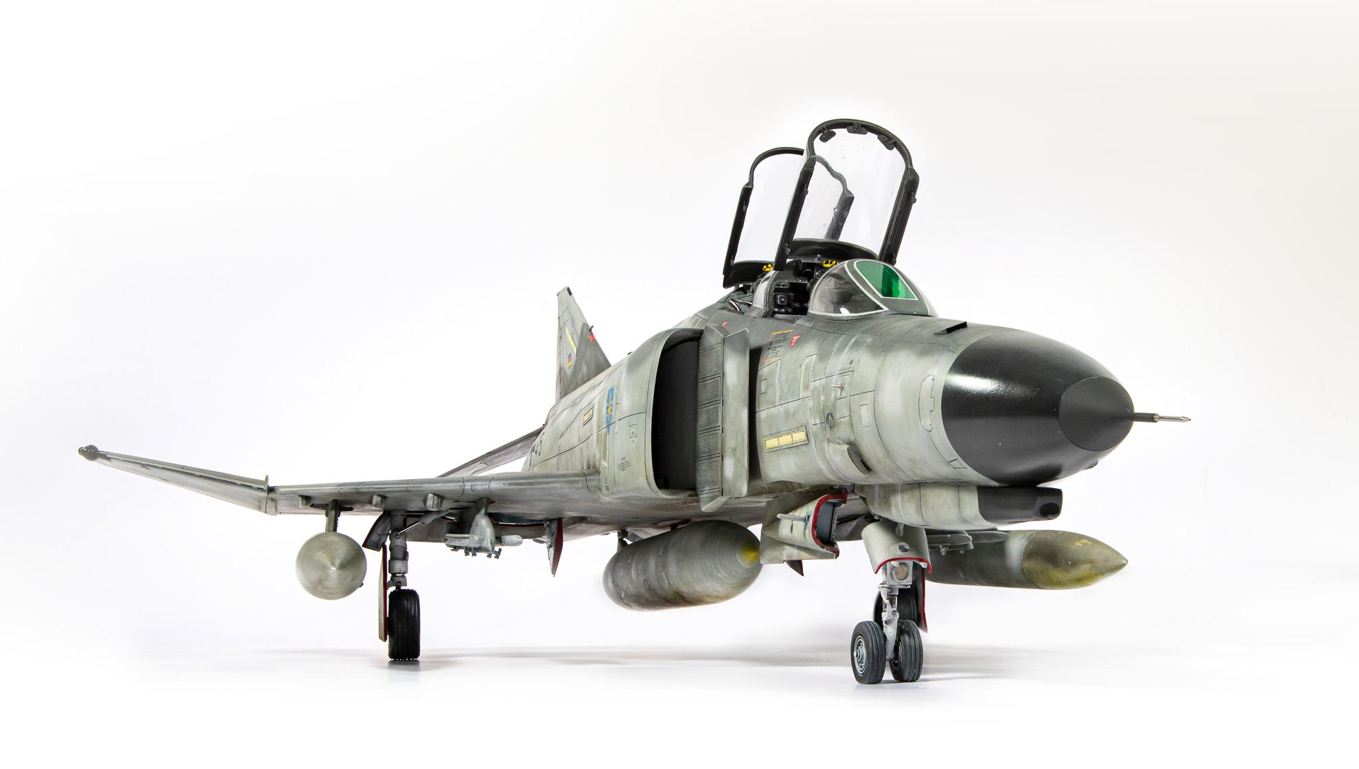 F4F_Phantom_02.jpg