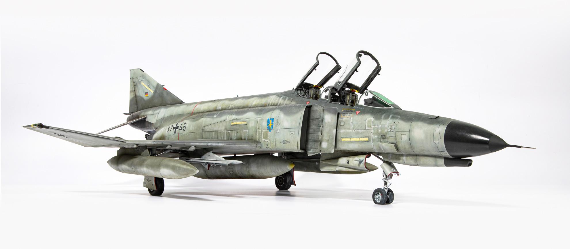 F4F_Phantom_05.jpg