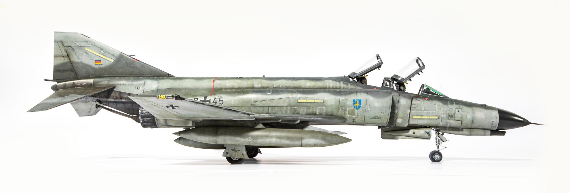 F4F_Phantom_06.jpg